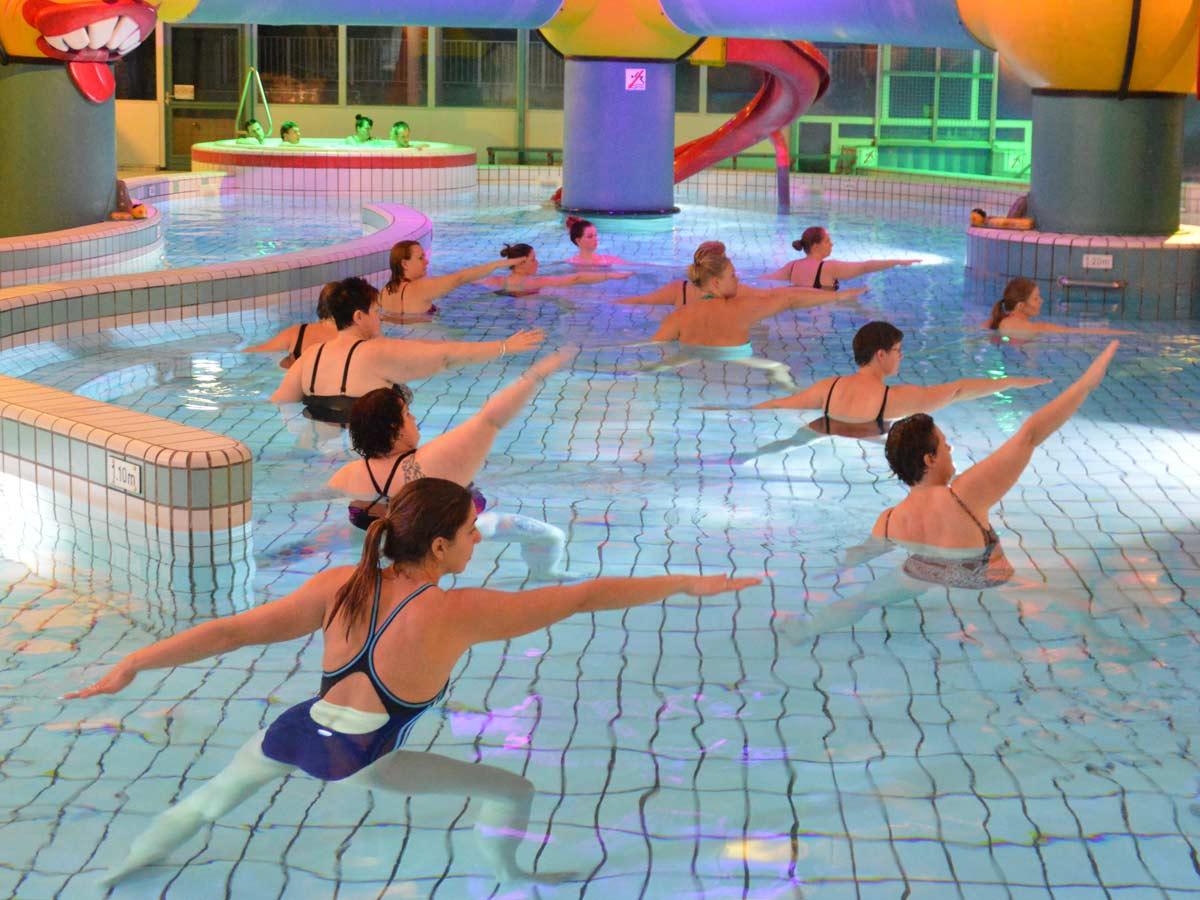 Bad-Hesselingen_zwembad_zwemles_aqua-yoga_CT-14