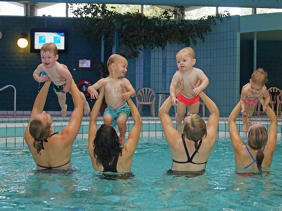 baby-peuter-zwemmen_CT-02_Bad-Hesselingen-Meppel