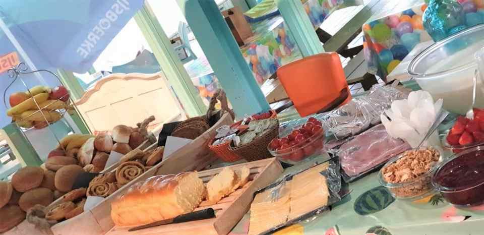restaurant ontbijt buffet