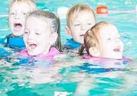 Het-nieuwe-zwemmen_NS_Bad-Hesselingen-Meppel_zwemles-diploma